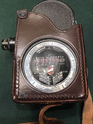 Bell & Howell Filmo 8mm vintage movie camera for Sale in Chicago, IL