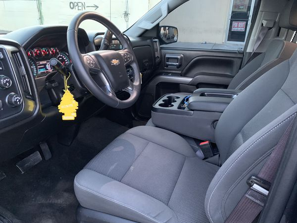 2018 Chevy Silverado Lifted 4x4 Truck