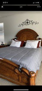 California King Bedroom set with 1 Night stand for Sale in Temecula, CA