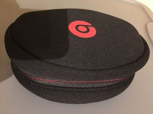 Beats Headphones 🎧 Soft Carrying Case Black/Red for Sale in San Antonio, TX