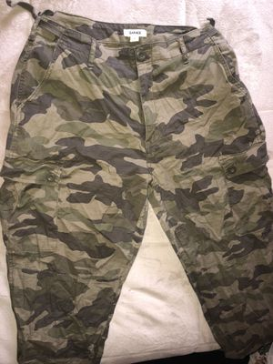 Camo print pants for Sale in Aurora, IL