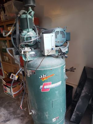 CHAMPION COMPRESSOR for Sale in Pittsburg, CA