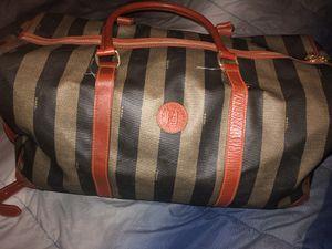 Fending duffle bag for Sale in Roseville, MI