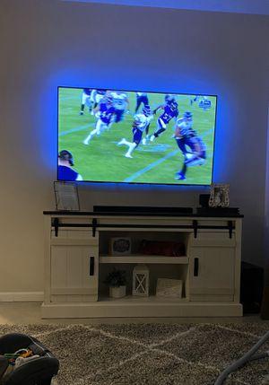 "Sony X900E 65"" 4K HDR TV for Sale in Riverside, CA"
