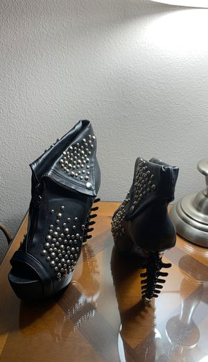 Open toed platform heels - brand new size 7 for Sale in San Diego, CA