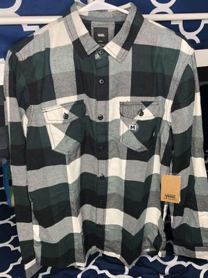 NEW Vans Box Flannel Tailored Fit Size Medium for Sale in Norwalk, CA