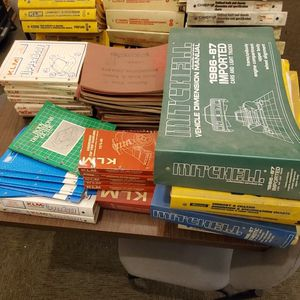 Unibody And Chassis Books Binders for Sale in Richmond, CA