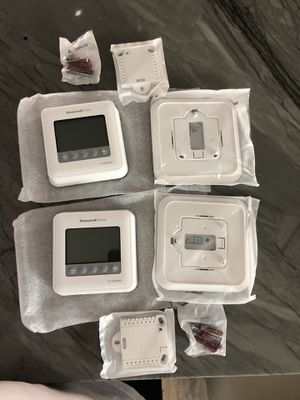 Honeywell T6 pro-series Programmable Thermostat for Sale in Houston, TX