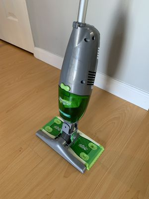 Swiffer Vacuum Duster for Sale in West Los Angeles, CA