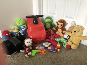 Toys Lot, 4 wheels toddlers car, stuffed animals + free items for Sale in South Jordan, UT
