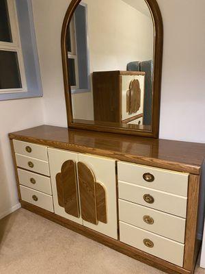 Art Deco Bedroom Set for Sale in Clinton, WA