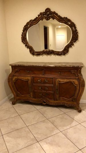 Aico Palais Royal Sideboard with Mirror for Sale in Troy, MI