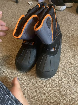 Kids size 5 snow boots for Sale in Washington, DC