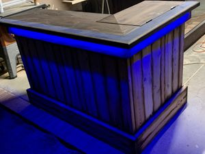 Rustic bar table with built in cooler for Sale in Jurupa Valley, CA