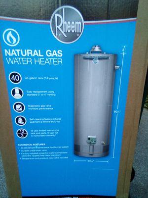 Rheem 40-gallon hot water heater for Sale in Springfield, PA