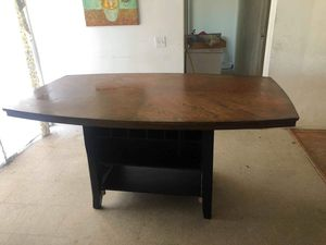 Dinning Table for Sale in Fresno, CA