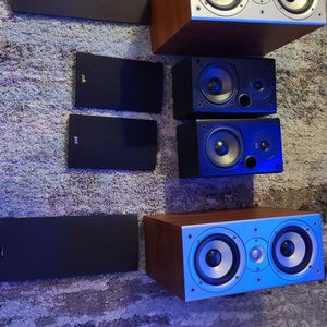 POWERFUL POLK SPEAKERS WITH tweeder And Sub for Sale in Los Angeles, CA