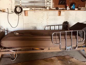Electric Hospital Bed for Sale in Granger,  WA