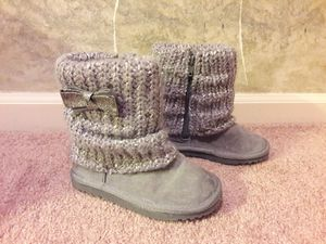 Girls Winter Boots (size 10) for Sale in Kansas City, MO