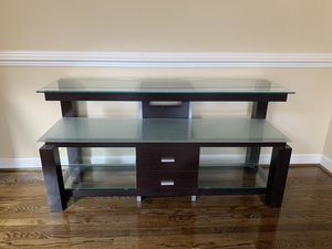 Entertainment Console / Table TV Stand for Sale in Clifton, VA