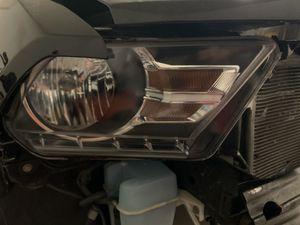 2010-2014 mustang passenger headlight OEM for Sale in Tucson, AZ