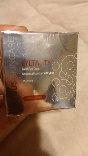 Serious skin care eyetality Total eye Care morning innovations for Sale in MAGNOLIA SQUARE, FL