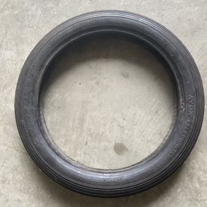 Avon Speedmaster 3.25x19 Motorcycle Front Tire for Sale in Houston, TX