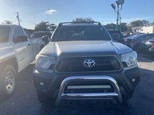 Toyota Tacoma prerunner 2013 for Sale in Hollywood, FL