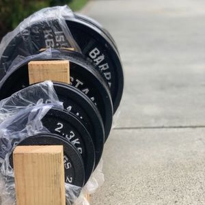 Olympic weight plates (2x35Lbs, 2x25Lbs, 2x10Lbs, 2x5Lbs, 2x2.5Lbs) for $325 Firm on Price for Sale in Bell Gardens, CA