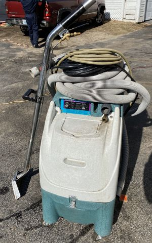 Olympus by hydro force m3200h carpet extractor and hard surface cleaner for Sale in Woonsocket, RI