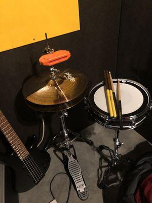 "13x3 Pearl Piccollo Snare & Paiste 900 Series 14"" Hi-Hat Set for Sale in Nashville, TN"