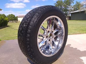 4 5 lug 20 inc tires and rims for Sale in Abilene, TX