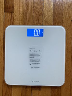 Innotech digital bathroom scale- white for Sale in Los Angeles, CA