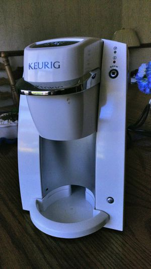 Keurig 1 cup coffee machine for Sale in Sunnyvale, CA