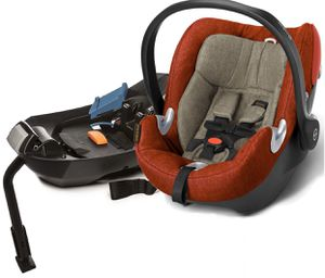 Cybex Aton q plus car seat, like new! 90$ Plus rain cover for free! for Sale in Chicago, IL