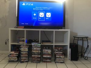 """Sony Tv 58"""", Ps4 10 games , panasonic tv 42"""", arm chair, antique table stereo system for Sale in Oakland Park, FL"""