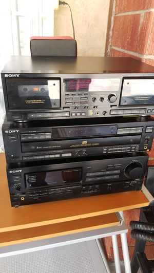 Sony receiver and CD system for Sale in Los Angeles, CA
