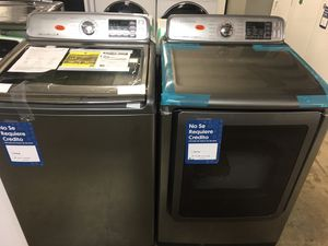Samsung black stainless steel washer and dryer set for Sale in Pasadena, TX