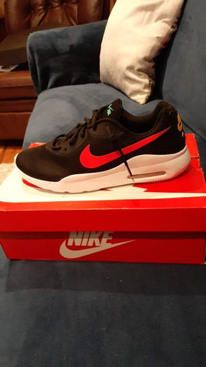 Brand new nike air max size 11 men for Sale in Montebello, CA