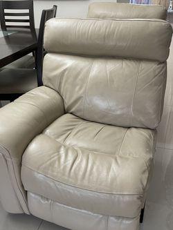 City Furniture 4 Piece Leather Beige Sofa for Sale in Hialeah,  FL