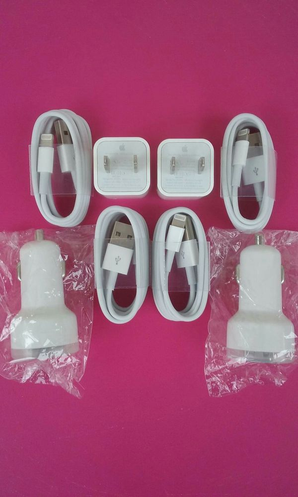 2 Apple Combos/2 Apple IPhone Chargers and 2 Car Chargers Brand New