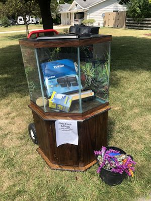 44 gallon aquarium for Sale in Saginaw, MI