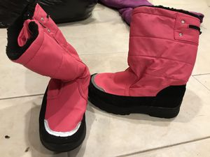 Girls snow boots for Sale in Ronkonkoma, NY