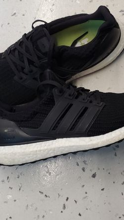 Adidas Ultra Boost Size 9 for Sale in Vancouver,  WA