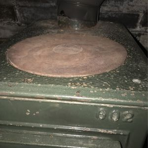Wood Stove Jotul Model # 602 for Sale in Woodbury, CT