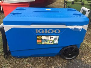 Cooler IGLoo for Sale in Lawndale, CA