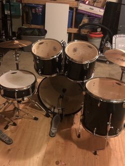 Starcaster Drum set for Sale in Tigard,  OR