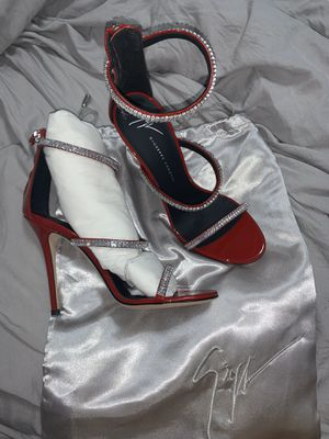 Never worn Guiseppe Zanotti heels for Sale in Brooklyn, NY