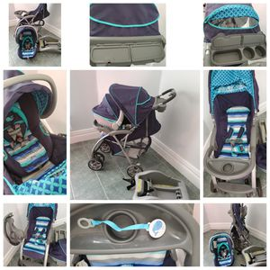 Travel system(stroller with carseat & car seat base for Sale in North Tonawanda, NY