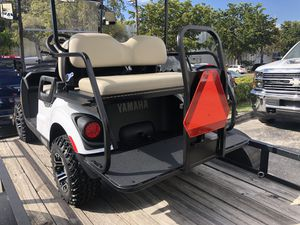 Yamaha Drive golf cart OEM rear flip seat with OEM cushions for Sale in Miami, FL